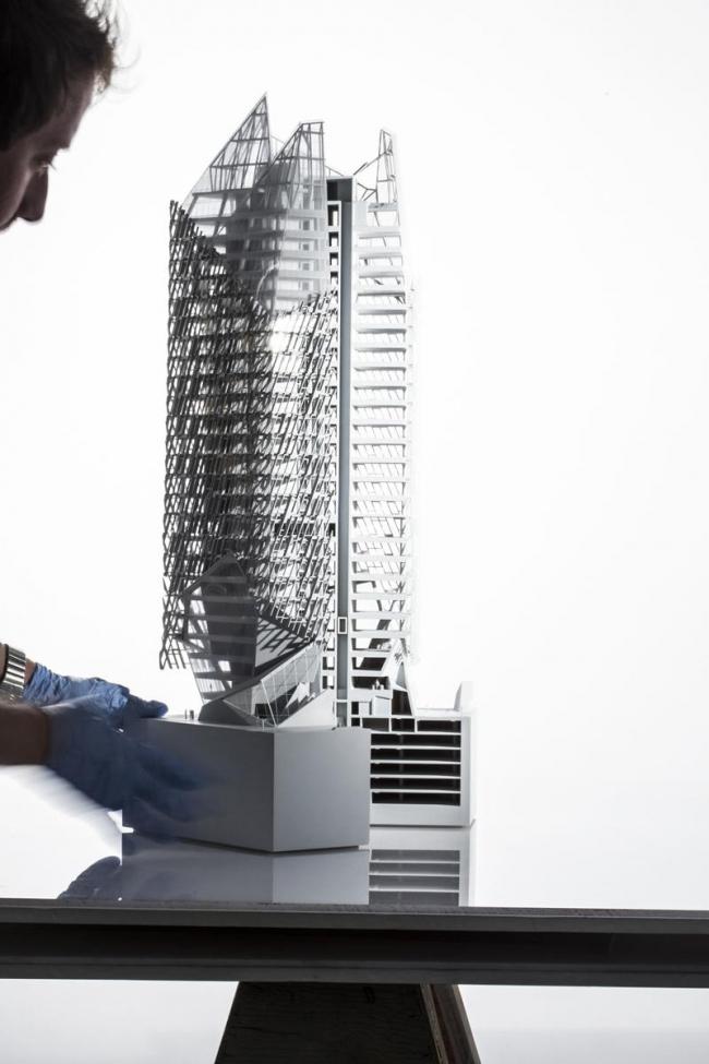 Офисная башня в финансовом центре Касабланки © Morphosis Architects
