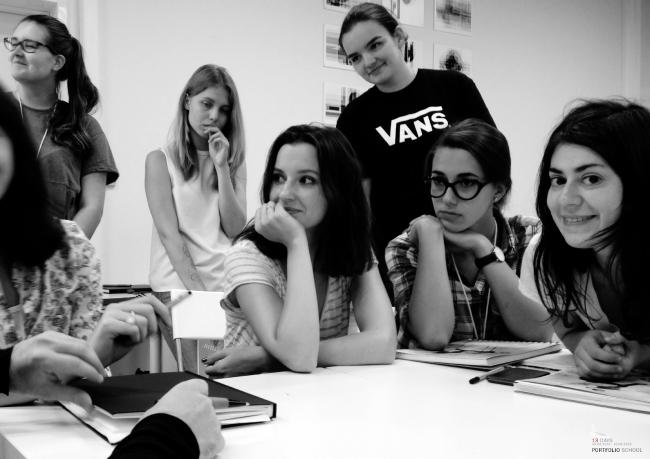Слушатели летнего подготовительного курса. Фотография из презентации Рубена Аракеляна