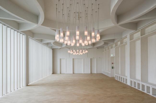 Architekturbüro Patrick Thurston. Дом религий в Берне. Фото: Ralph Hut
