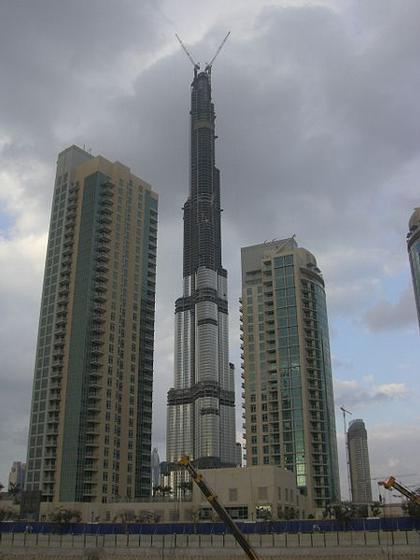 «Бурж Дубай» в феврале 2008