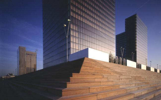 Национальная библиотека Франции в Париже. 1995 © Georges Fessy / Dominique Perrault Architecture / Adagp