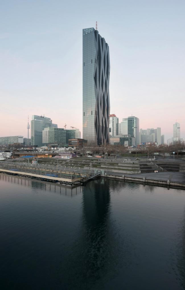 Башни DC. Вена, 2004-2016 © Michael Nagl / Dominique Perrault Architecture / Adagp