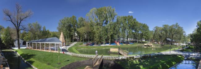 Panorama. Urban farm at VDNKh, 1st phase. WOWhaus Bureau. Photograph © Dmitry Chebanenko