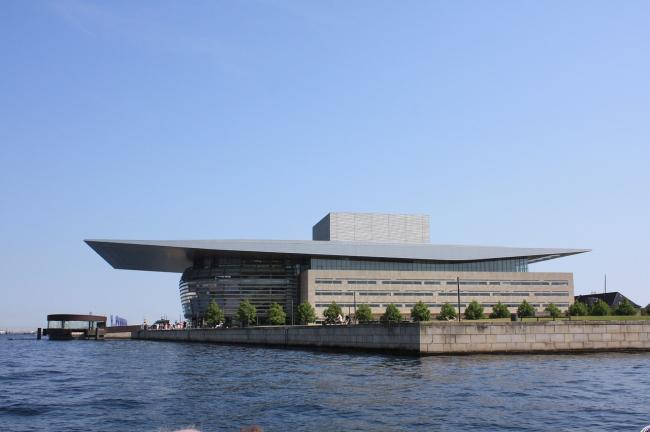 Королевская Датская Опера. Фото: unserekleinemaus via pixabay.com. Фото находится в общественном доступе