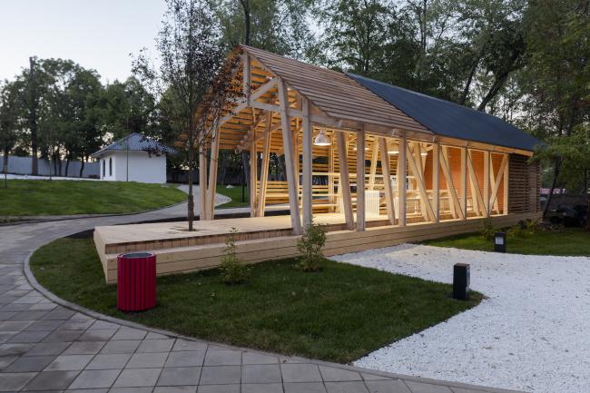 House for master classes. Urban farm at VDNKh, 1st phase. WOWhaus Bureau. Photograph © Dmitry Chebanenko