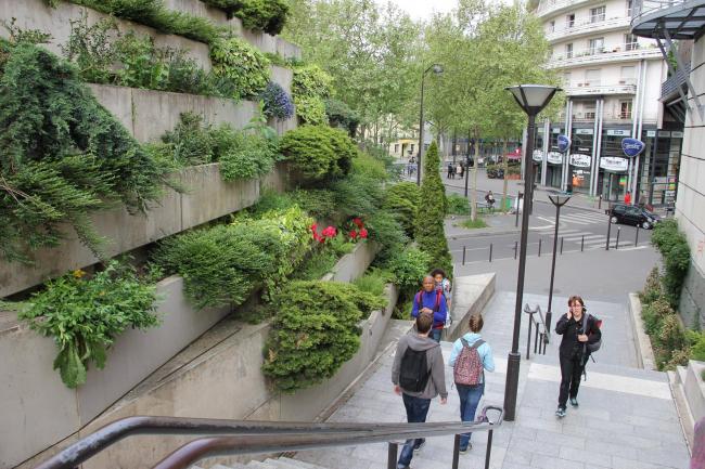 Париж. Фотография из книги предоставлена Валерием Нефедовым