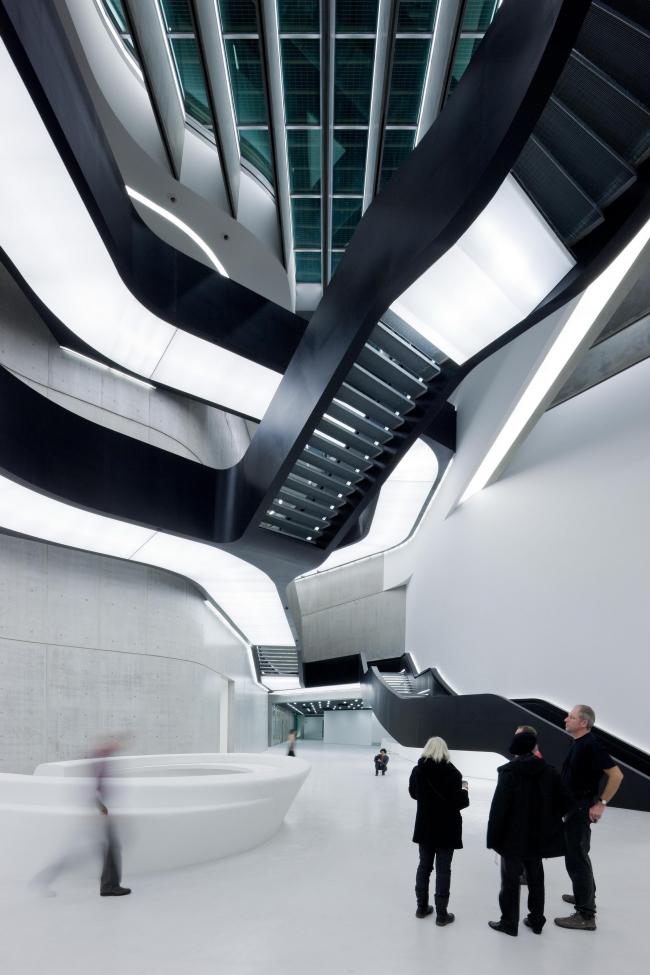 MAXXI – Национальный музей искусств XXI века в Риме. 2009 © Iwan Baan