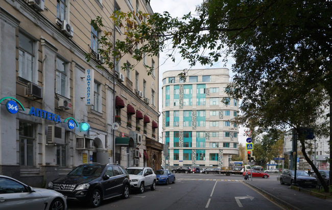 Архитектурное решение фасадов клинико-диагностического центра © ГранПроектСити