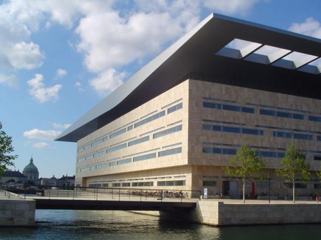 Королевская Датская Опера. Фото: Autor Thue via Wikimedia Commons. Фото находится в общественном доступе