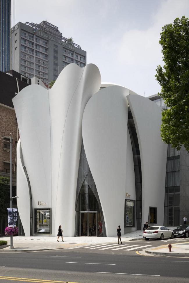 Магазин Dior в Сеуле © Nicolas_Borel