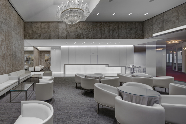 """Renovating """"Golden Circle Lounge"""" into """"Russian Lounge"""" in the Kennedy Center of the Performing Arts. Photo © Sergey Skuratov ARCHITECTS"""