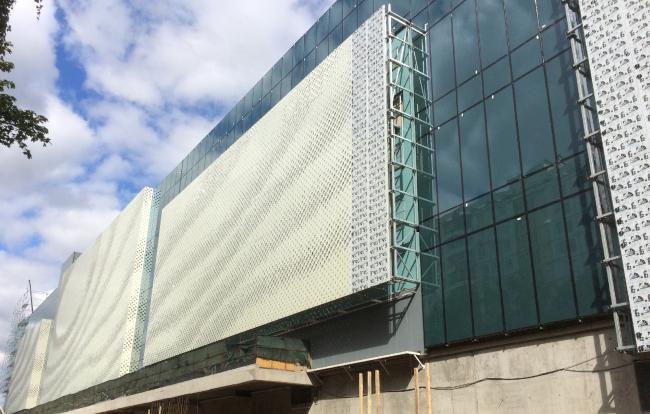 МФЦ на Славянском бульваре. Концепция решения фасадов. © Архитектурное бюро Асадова. Отделка: AluWALL system