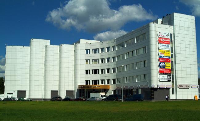 Фотографии с сайта aluwall.ru