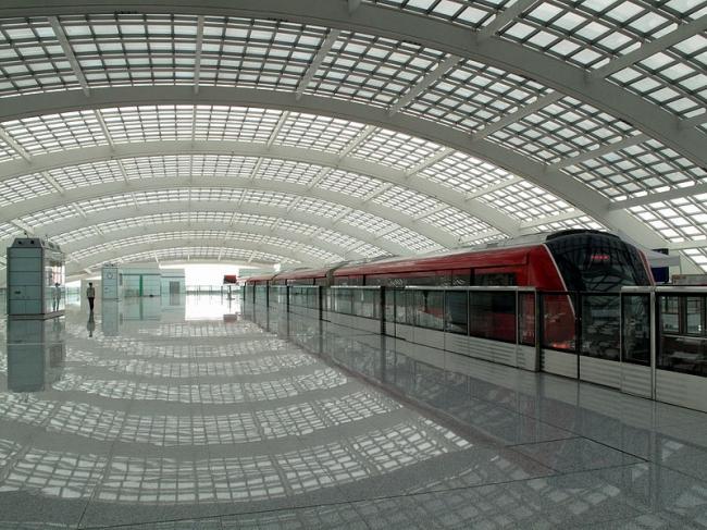 Международный Аэропорт Пекина - Терминал 3. Фото: 颐园新居 via Wikimedia Commons. Лицензия GNU Free Documentation License, Version 1.2