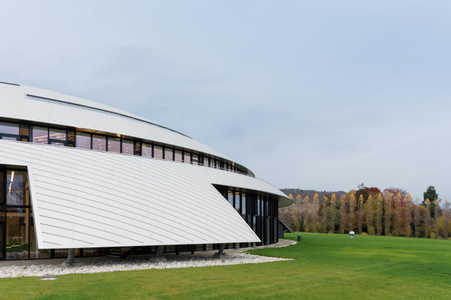 Корпус Карналей школы-пансиона «Институт Ле Розе» © Iwan Baan