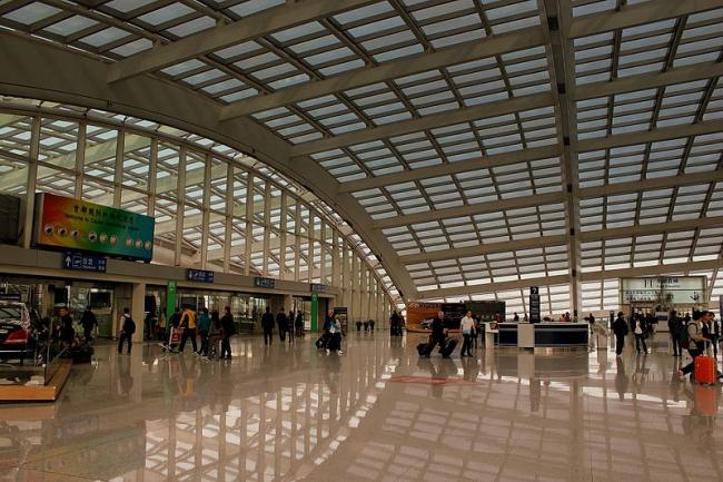 Международный Аэропорт Пекина - Терминал 3. Фото: calflier001 via Wikimedia Commons. Лицензия CC-BY-SA-2.0