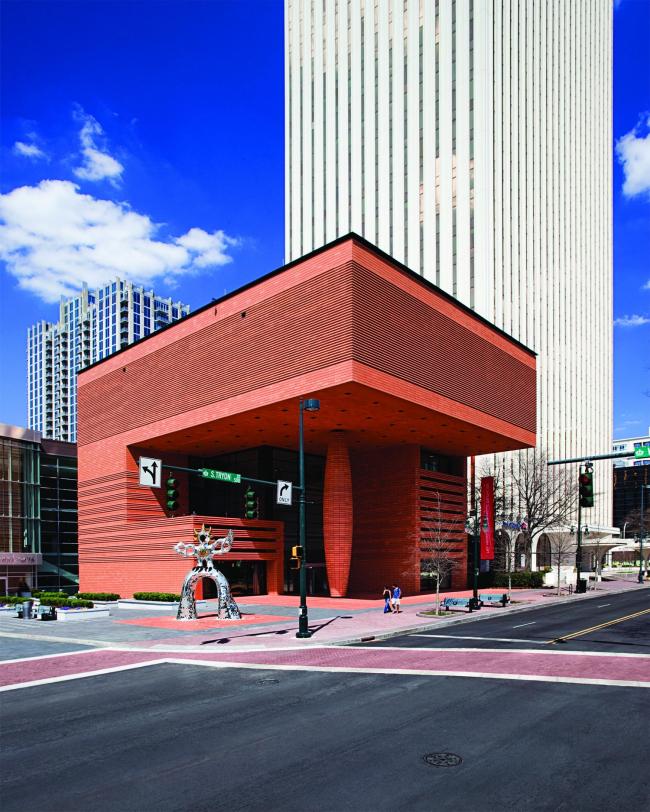 Музей современного искусства Бехтлер в Шарлотте (США) ©  Joel Lassiter
