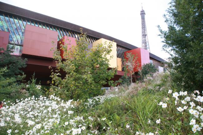 Музей на набережной Бранли в Париже. Жан Нувель, 2001-2006. Фотография © Сергей Эстрин