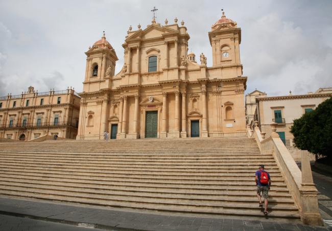 Город Ното. Сицилия. Начало XVIII в. Кафедральный собор. Фотография © Сергей Эстрин