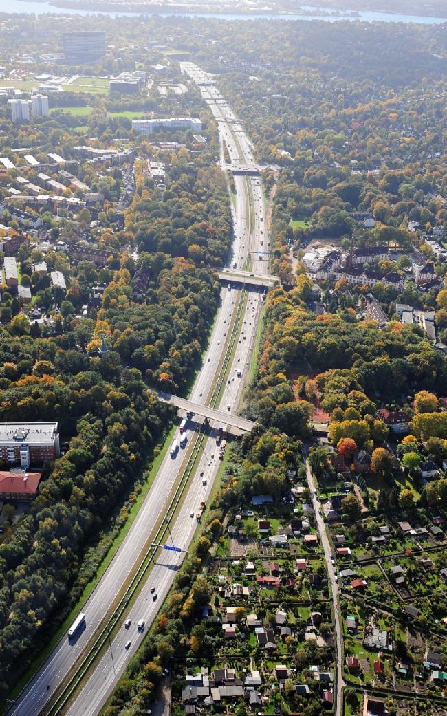 Автобан А7 в Гамбурге, район Альтона. Фото до начала работ © Mathias Friedel; Minitstry of Environment and Energy, BUE Hamburg