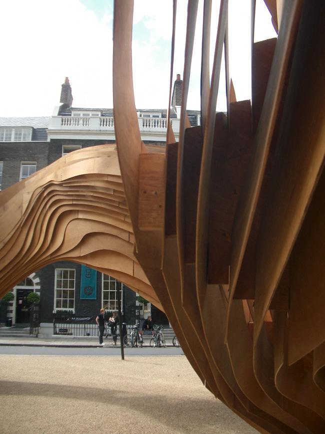 Павильон на площади Бедфорд, август 2009 года.