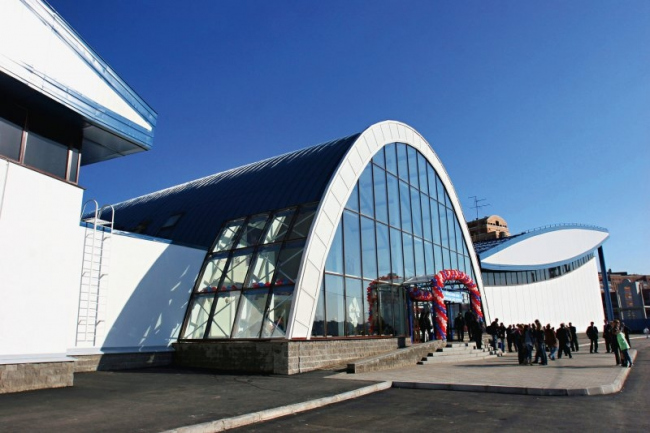 Академия фигурного катания в Санкт-Петербурге. Изображение: isover.ru