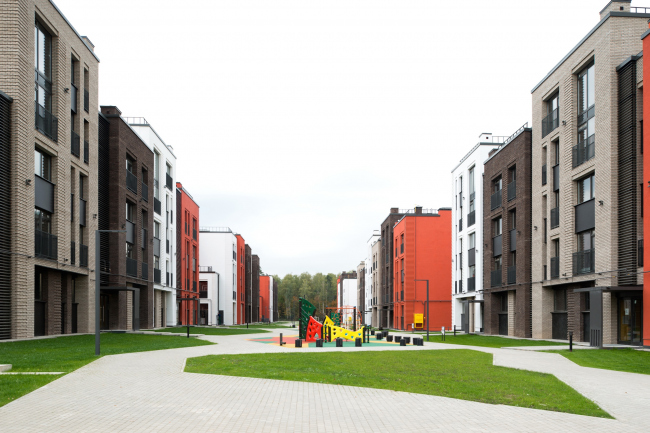 """Dutch Quarter"" residential complex in Ivanteevka. Construction, 2015 © UNK project"
