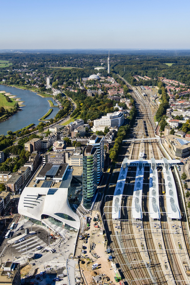 Терминал Центрального вокзала Арнема © Siebe Swart