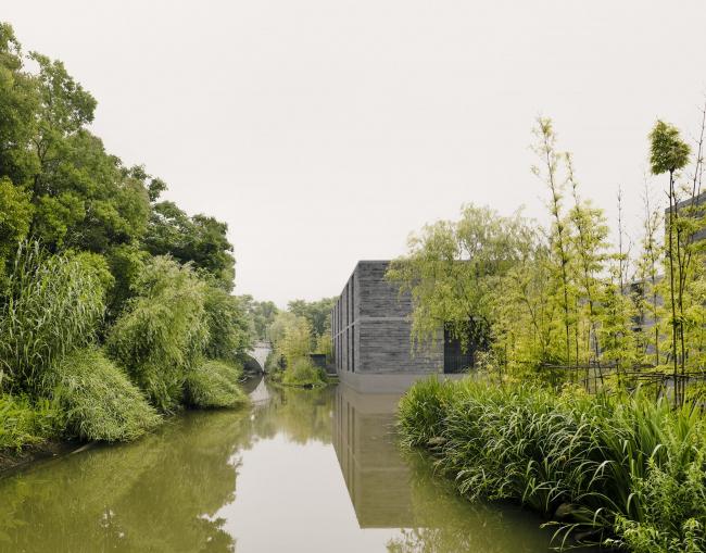 Комплекс жилых построек в водном парке Сиси © Simon Menges