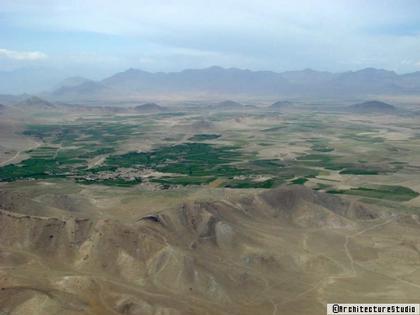 Вид местности, выбранной для строительства Дех-Сабза