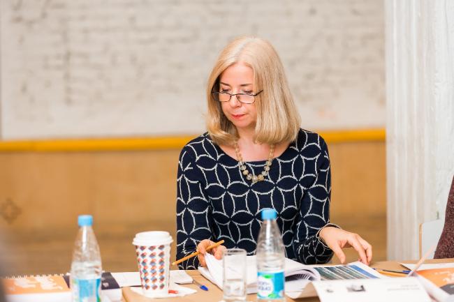 Доцент МАРХИ, директор по исследованиям Института модернизма Анна Броновицкая. Фотография предоставлена коммуникационным агентством «Правила Общения»