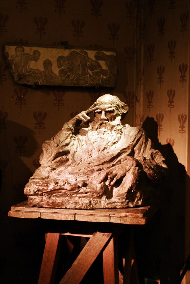 Бюст Льва Толстого. Скульптура Анны Голубкиной. Фотография Аллы Павликовой