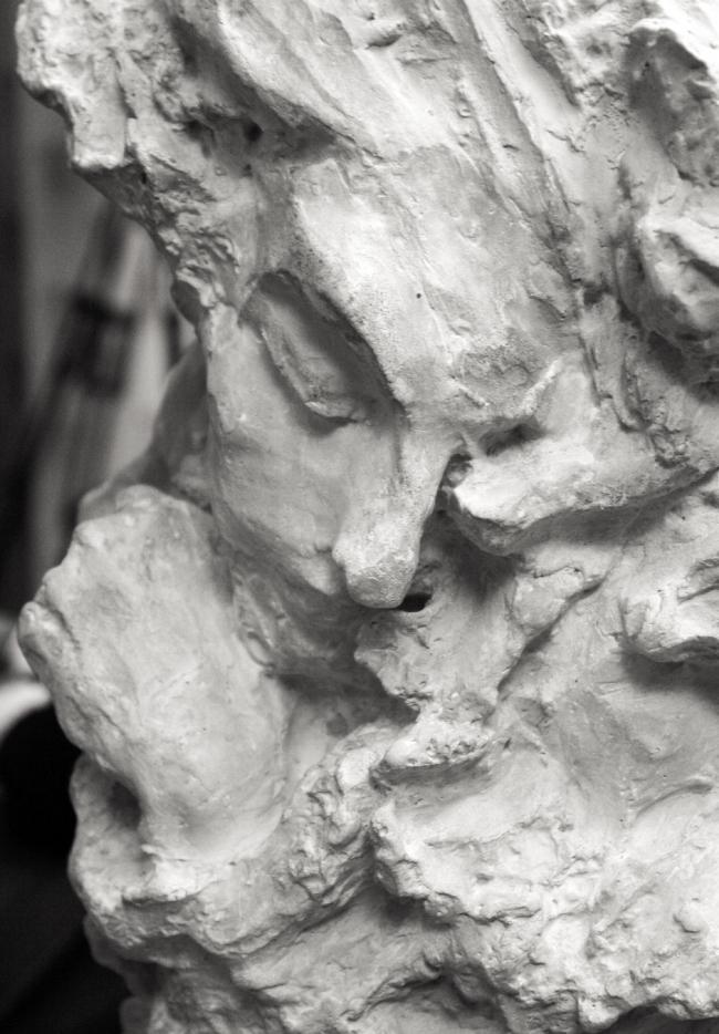 "Fragmanet of ""Mist"" vase. Sculpture by Anna Golubkina. Photo by Alla Pavlikova"