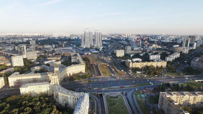 Многофункциональный жилой комплекс в 5-ом Донском проезде. 5 башен. Вид с площади Гагарина. Проект, 2015 © Архитектурная мастерская «Группа АБВ»