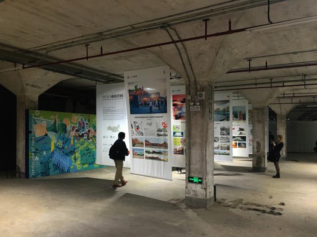 Российский павильон на Международной биеннале урбанистики и архитектуры UABB-2015. Экспозиция. Фотография © Андрей Асадов
