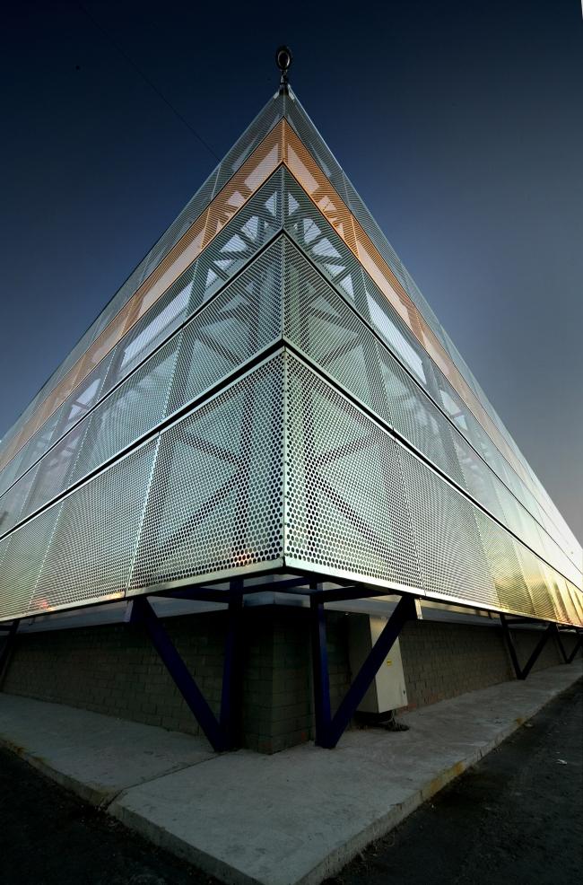Торговый комплекс «Лента» на Таллинском шоссе. Постройка, 2006 © Архитектурная мастерская А.А. Столярчука