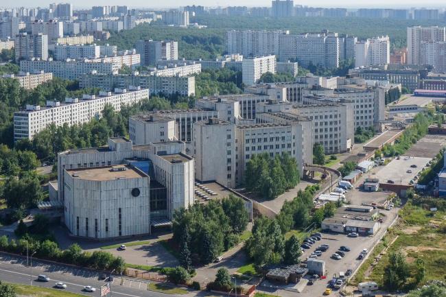 Институт биоорганической химии на улице Миклухо-Маклая © Денис Есаков и Дмитрий Василенко