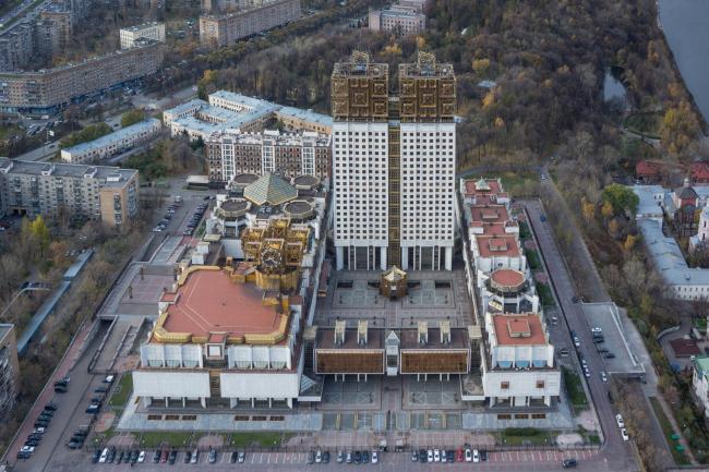 Комплекс Академии наук на Ленинских горах © Денис Есаков и Дмитрий Василенко