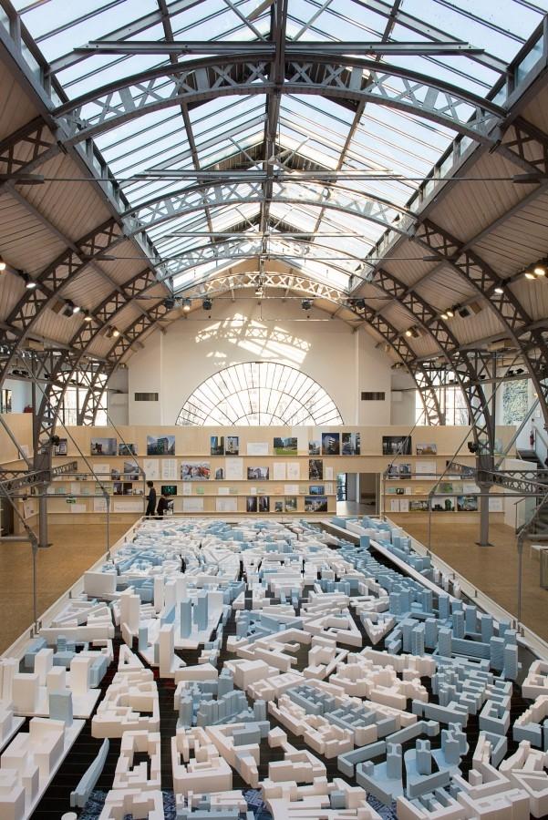 Павильон д'Арсеналь в Париже. Архитекторы Клеман / Б.Рейшен и Ф.Робер. 1879 / 1988 © Victortsu