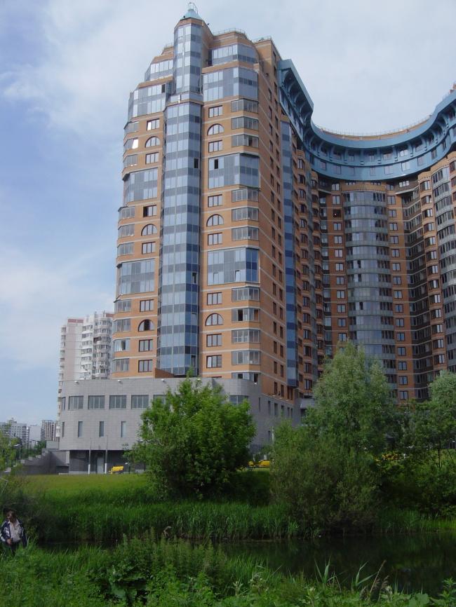 Жилой комплекс «Корона» © Архитектурная мастерская Цыцина