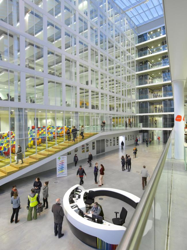 Здание агентства Bruxelles Environnement © cepezed   Yvan Glavie