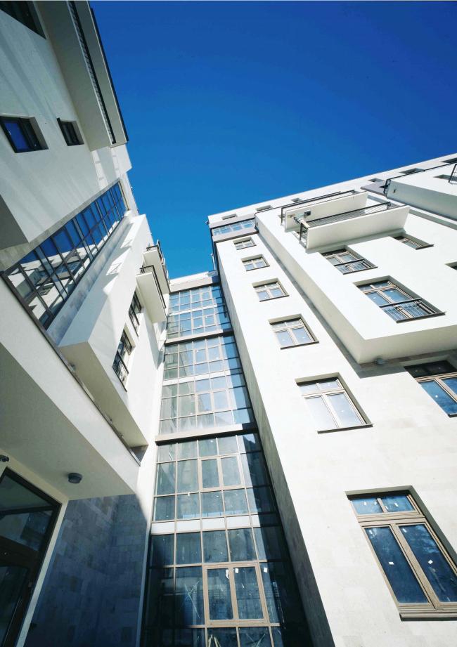 Жилая застройка в Жуковке. Постройка, 2004  © Гинзбург Архитектс