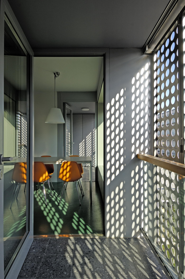 Студенческое общежитие в районе Поляне © Miran Kambič