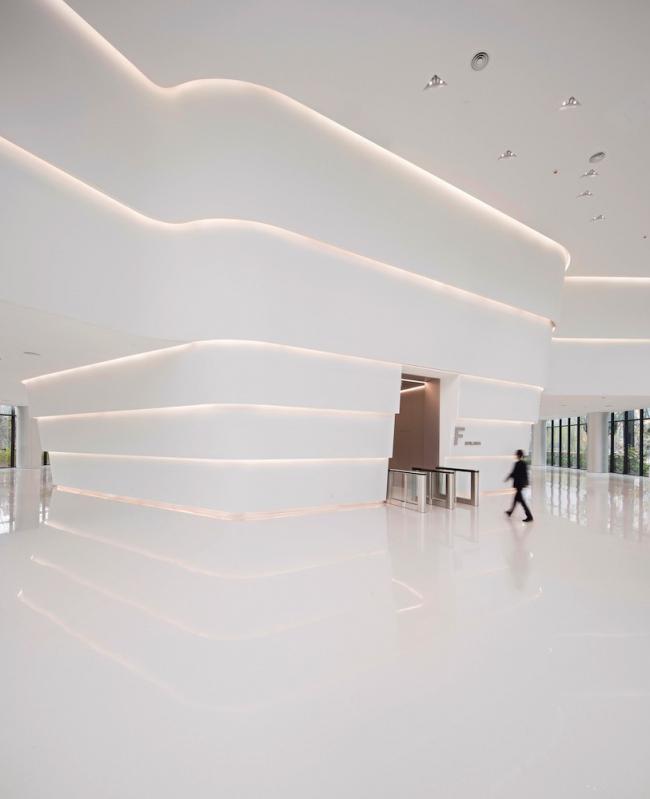 Центр товарных бирж Среднего Запада в Сиане © Javier Callejas Sevilla, сourtesy of Hallucinate Design Office