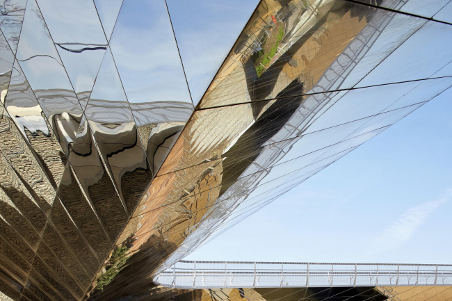 London Olympic park bridges © Hufton + Crow