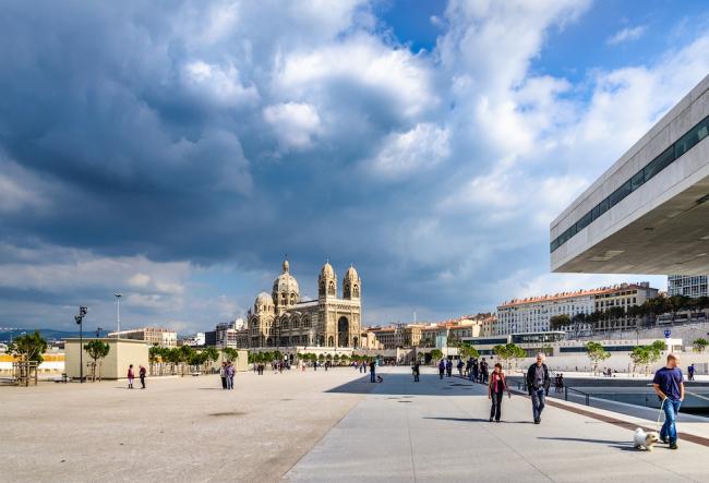 Эспланада перед MuCEM и Villa Méditerranée. Фото: Василий Бабуров