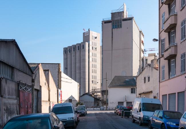 «Свободные доки»: элеватор мукомольного завода будет сохранен. Фото: Василий Бабуров