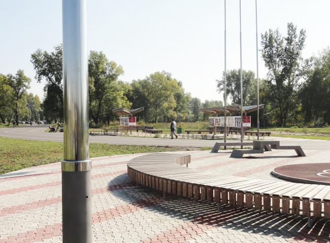 Общественные пространства на берегу озера Татышев. Выставочная и олимпийская площадка. Фотография © Алексей Мякота