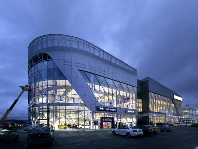 Навесной вентилируемый фасад на системе U-KON и панели GRADAS, Центр «Авилон»_Москва, Архитектурное бюро Асадова, фото gradas.ru