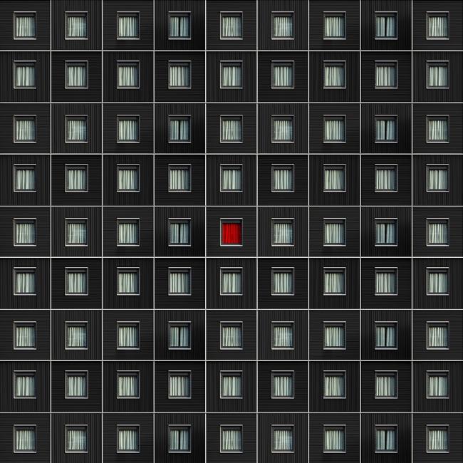 Red curtain/Красная занавеска © Сarlo Сafferini